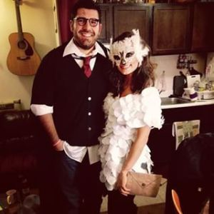 Yeah, I know it's another Harry and Hedwig costume. But this a couples version. That's different.