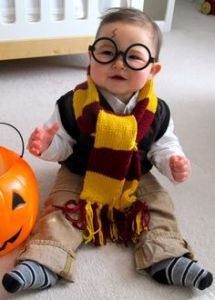 Yes, this is a baby Harry Potter costume. Probably for this little guy's first Halloween. And it's so cute.