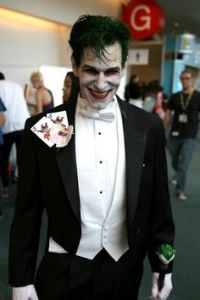 But you'd still know that it's the Joker due to his white face and green hair. Still, love the tux. Think it suits him.