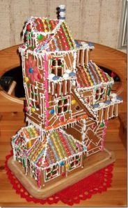 Yes, it's another Burrow gingerbread house. But you'd imagine Mrs. Weasley making this on Christmas instead of the other one.