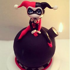 Okay, it's a Harley Quinn cake. But even though Harley doesn't seem too bright sitting on a bomb, it's kind of cute.