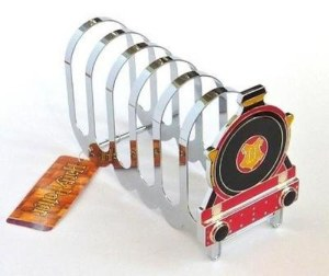 Yes, give your toast a ride from the toaster to Hogwarts. Wonder if it does come with a Hogwarts toaster. Wouldn't be surprised.