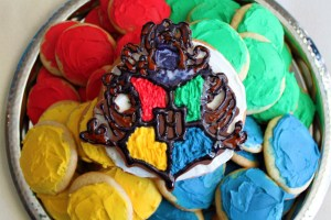 Apparently, the hardest one on this is perhaps the Hogwarts crest. The other cookies seem easy.