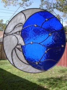 Yes, this is a lovely suncatcher. But it's a moon. The moon comes out at night. See where I'm getting at?