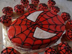 This one is a cake of Spider Man's face. And it comes with some web cupcakes. Looks pretty neat.