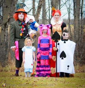 Then again, the dad seems to be dressed as the Mad Hatter from the Tim Burton movie. However, my favorite in this bunch is the kid dressed as the Ace of Spades.