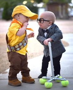 These are babies dressed as the two protagonists from Up. It's just so cute it melts your heart.