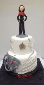 Okay, Janeway might not be the best Star Trek captain. But this cake is quite awesome if you ask me.