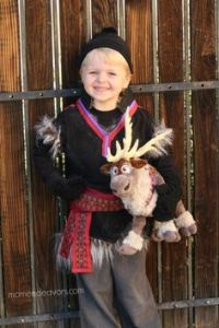 Keep in mind that Kristoff probably has really bad BO since he was raised by trolls. But this is such a cute costume.