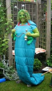 However, this is a really good costume. Like how it seems like this woman painted herself green and wore a sleeping bag.