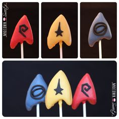 Each one bears the Starfleet insignia. Comes in 6 types.