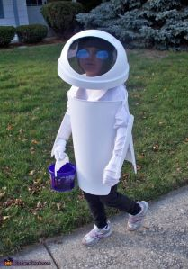 And this costume seems to be made from a plastic trash bin. So cute and creative.