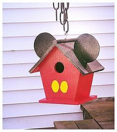 I'm not a fan of Mickey at all. But knowing this is a Disney craft post, I understand that I have to have some things pertaining to him whether I like it or not.