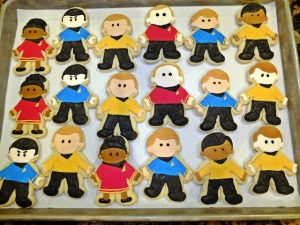 Well, these consist of members of the main cast on Enterprise. And they're so adorable in frosting.