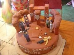 Not sure if Kirk and Spock's fight scene is appropriate cake material. However, I understand that some Trekkies might not care.