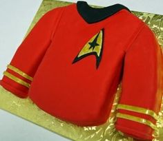 After all, it's most likely the most expendable Star Trek cake available. As I know what happens to redshirts.