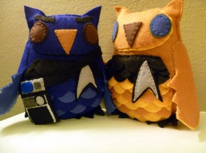 And here's the Spock owl with the tricorder. At any rate, these are surely creative and adorable.