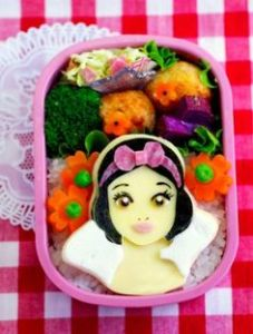 And it seems this is the first time I've seen Snow White on cheese. But she still looks adorable.