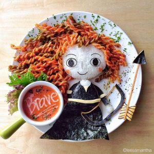 This is in the bento style with Merida in a seaweed dress, a rice face, and noodle hair. Comes with a side of tomato soup.