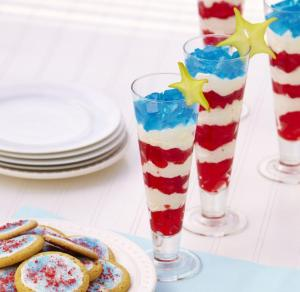 Well, these have small jello squares with icing or ice cream. Either way, like the yellow stars on them.