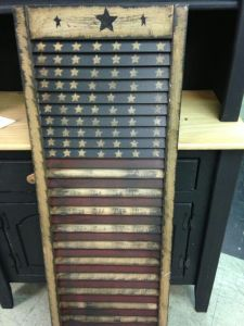 This one has the American flag on it and seems quite rustic and antique. Still, like the rows of stars on the top.