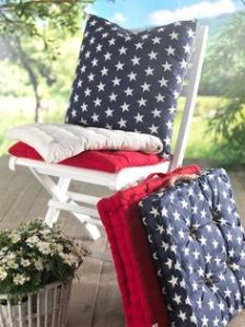They come in red, white, and blue with white stars. Also includes a blue pillow with white stars, too.