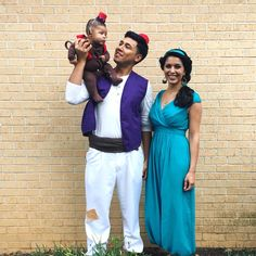 You may notice that there are more modest Jasmine costumes out there. But this family photo op is adorable.