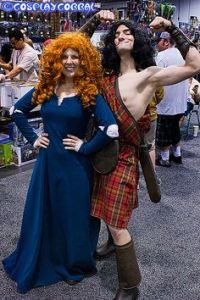 Then again, this is a couple's costume idea. Still, I think it's quite amusing with the guy showing off.