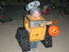 Yes, this is another WALL-E costume that's also DIY. And yes, it's adorable as can be.