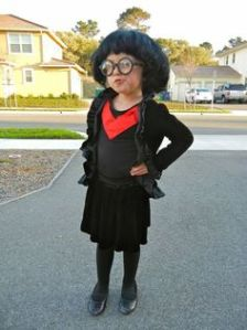 And yet, I found another Edna Mode costume. I guess she's a very noteworthy character based on Edith Head. Still, this is funny.