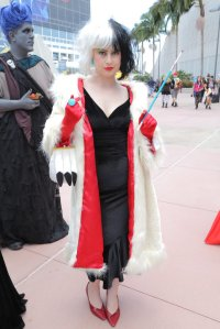 Well, this woman's Cruella coat is almost spot on. And it has a red lining to go with it.