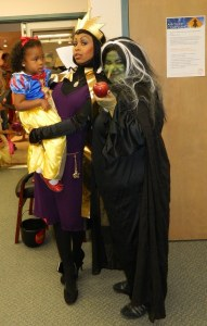 Because this one has the Evil Queen and her hag disguise. And she's offering a poison apple, too.