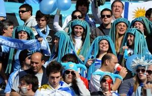 Seems that Uruguay fans have an interesting taste in headwear. Not sure why.