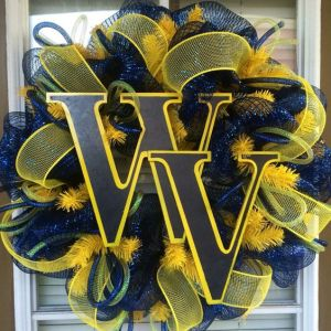 Yes, it's another WVU wreath. But I really like this design and how the letter stand out that I had to put it in the post.
