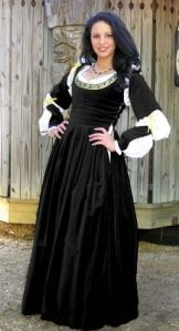 Even if the dress comes with puffy black and white sleeves. But at least it's not as elaborate as the 16th century styles.