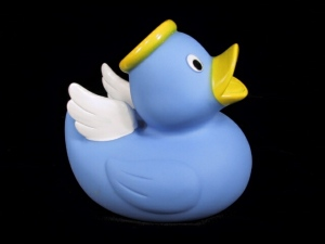 Yes, this is a little angel duck. And it's guaranteed to make any kid's bath time almost divine.