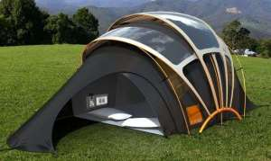Wonder how you set up a tent like this. Seems like it would be rather easy to bungle up.