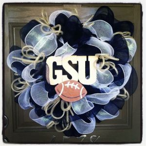 I know the Georgia State Panthers isn't as popular as the Georgia Bulldogs. But I love GSU's color scheme.