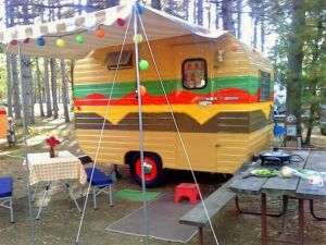 Okay, it's a camper painted as a cheeseburger which is pretty tacky. But I'm sure my viewers would get a kick out of this.