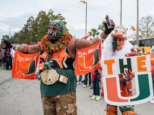 Yes, one has a horned ibis helmet while the other has a Bane mask. But they have their flags and banners on full display.