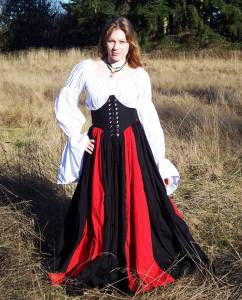 You don't usually see a bodice like that a lot. Yet, I do like her red and black dress though.
