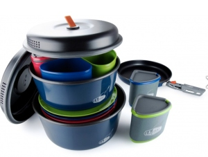 Comes with some pots, pans, bowls, and a few containers. I'm sure it can't be beat.