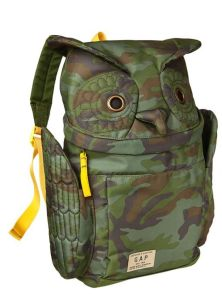 Too bad that real life owls don't come in camo patterns unlike this backpack. Oh, wait, they actually use camouflage when staking out for prey. Just not in that pattern. My mistake.