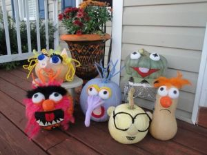 Well, these aren't really carved but painted. Which is just as fine. And once again, Beaker is a squash.