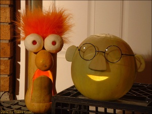 Like how they used a squash for Beaker. That's just so perfect. Might've used a melon for Bunsen Honeydew. Clever.