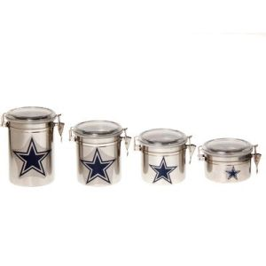 Each one is marked with a navy blue Dallas star. Though you could find similarly plain ones at any place that sells kitchen wear. And at a lower price.