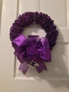 I know there were bead wreaths from other teams I could've used. I just felt this one looked the best. I don't care what team it is.