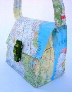 Yes, this is a map design purse. Not sure what it's of. Hell, it could be some fantasy land for all I care. But I doubt it.