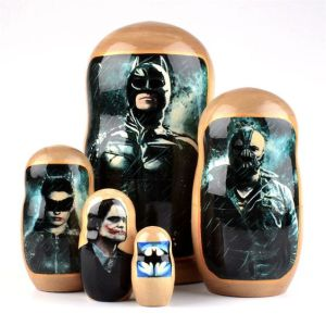 This set is from the Dark Knight Saga. Features Bane, Catwoman, and the Joker.