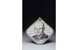 Yes, it's a potholder with Eisenhower's face on it. Yes, I know it's freaky. But it's from the 1950s.